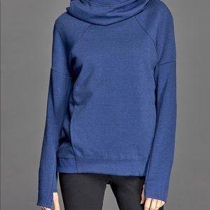 Nike Tops - ✓️Nike Women s Tech Fleece Hoodie ✓️ adb4aa2c1